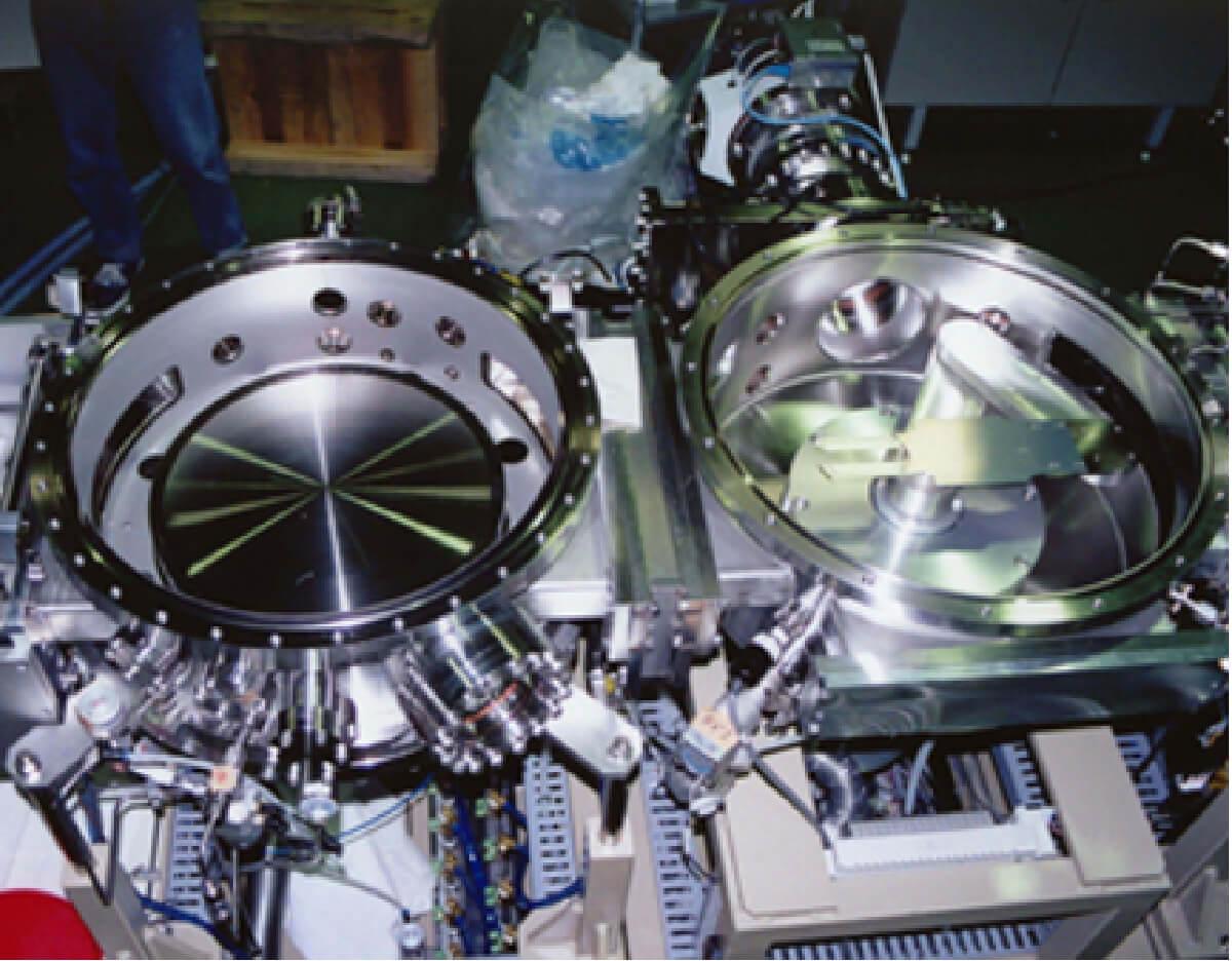 極低温成膜実験装置